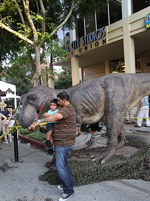 While Burbank was not old enough to have live dinosaurs walking the streets, Jurassic Park 2 was shot on San Fernando Road