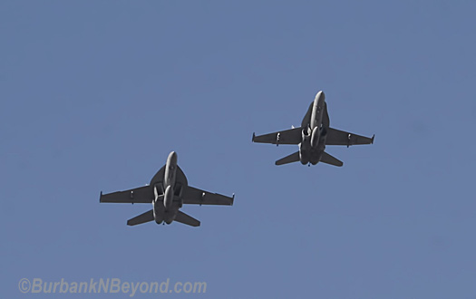 The day started out with these F18&#039;s flying over Olive, the pilots later came back to the celebration.