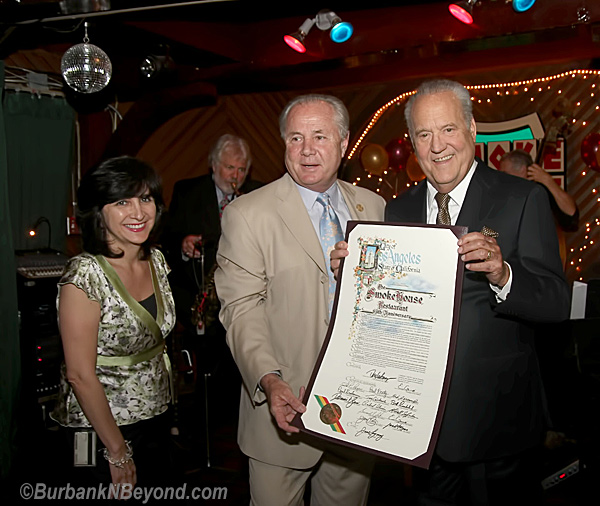 Los Angeles City Councilman Tom LaBonge stopped by the smoke house to present owners Lee Spencer and his wife Marti  with a proclamation by the Los Angeles City Council.           (Photo By Ross A Benson)