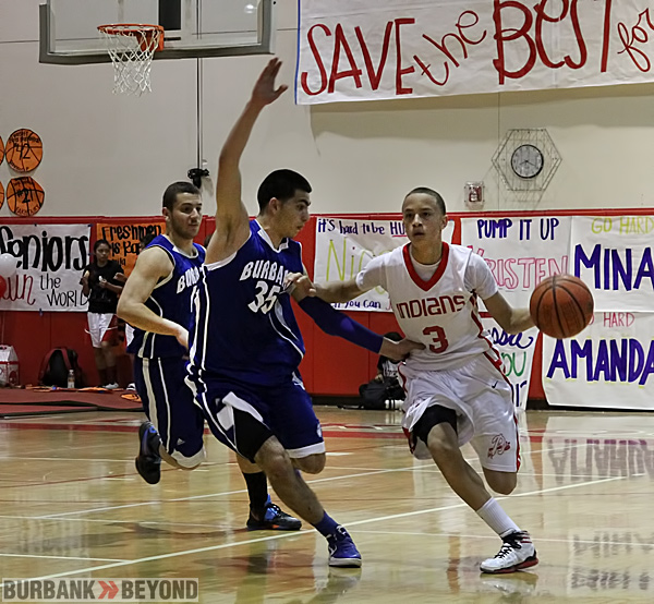 Burbank High vs John Burroughs Basketball. ( Photo by Ross A. Benson)