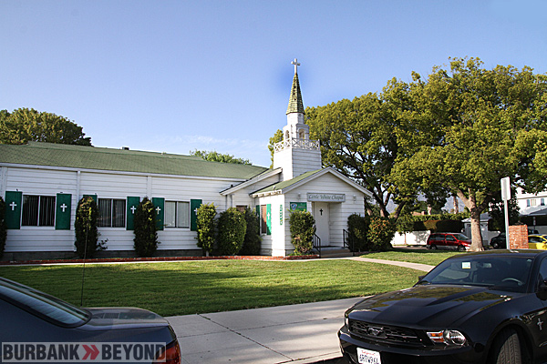 Little White Chapel Jefferies & Avon, in Burbank  (Photo by Ross A. Benson)