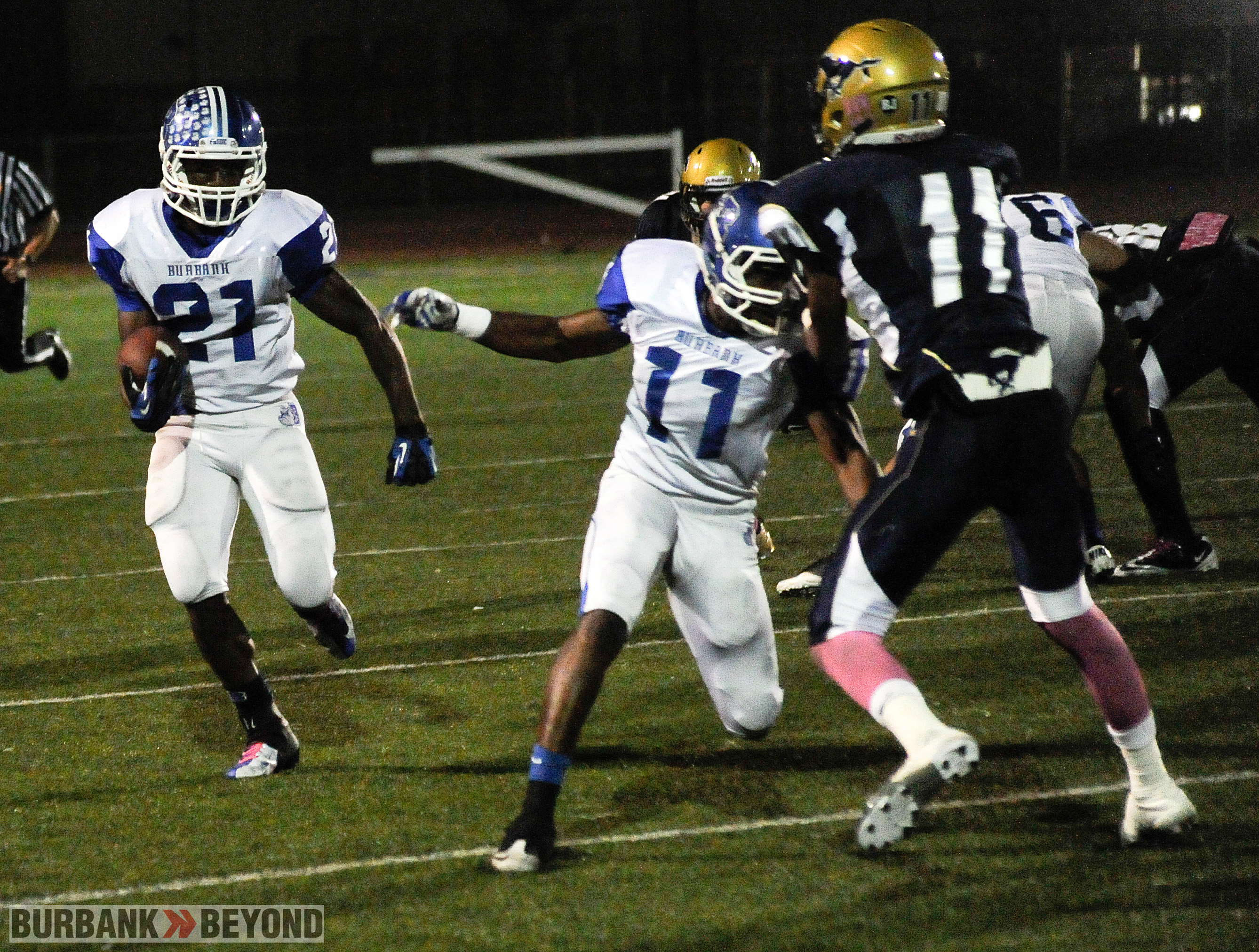James Williams led Burbank with 112 yards rushing (Photo by Craig Sherwood)