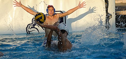 Goalie Derek Baer of Burbank did a masterful job for Burbank (Photo by Craig Sherwood)