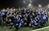 The Burbank Bulldogs celebrate their 37-14 victory (Photo by Ross A. Benson)