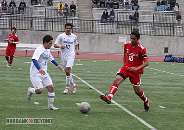 Burbank and Burroughs battled to a 1-1 tie (Photo by Dick Dornan)