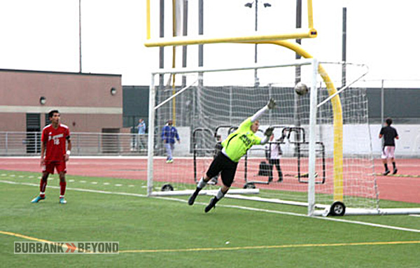 Burroughs goalie Elliot Whitecotton can't stop Burbank's goal (Photo by Dick Dornan)