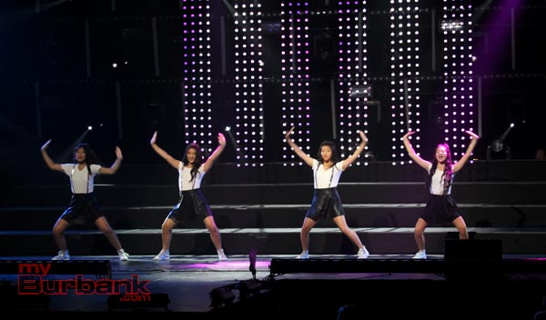 K-POP Medley preformed by Sharon Youn, Tori Park, Elaine and Ellie Harahara. (Photo by Ross A. Benson)