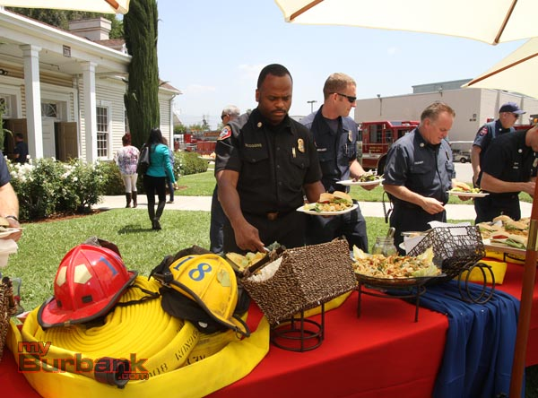 Glendale Fire Chief Harold Scoggins enjoys a catered lunch provided by Engine 18 and Warner Bros. (Photo by Ross A. Benson)