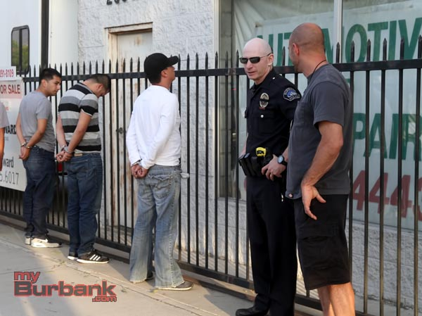 Burbank Police detain 3 suspects following a Robbery/Carjack attempt. (Photo by Ross A. Benson)
