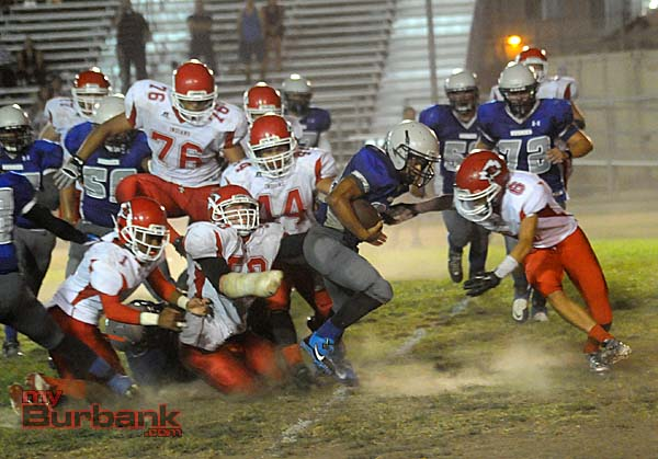 The Indians swarmed on defense dominating the Huskies (Photo by Craig Sherwood)