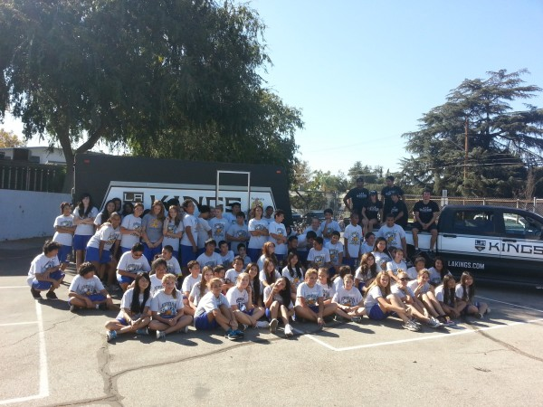 Jordan Middle School students with the LA Kings Street Team (Photos courtesy of Kenny Knoop)