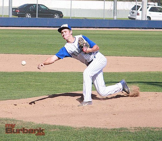 Alex Minnick threw an effective five innings for the Bulldogs (Photo by Dick Dornan)
