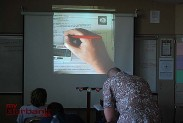 Kevin Hiatt fills in his answer during a timed in-class assignment.(Photo By Lisa Paredes)
