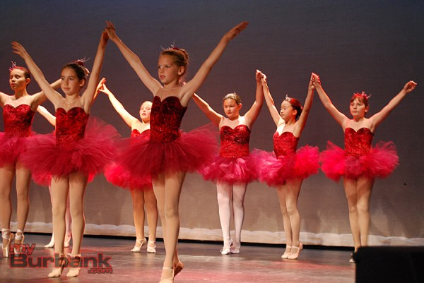 """Young ballet dancers in """"Capriccioso"""" at the Spring Fling. (Photo By Lisa Paredes)"""