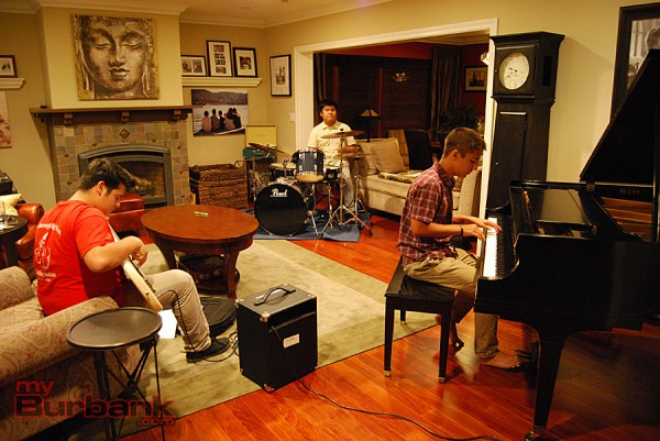 Josh Turner, Kobi Abcede and Evan Mehta run through a jazz standard. (Photo By Lisa Paredes)