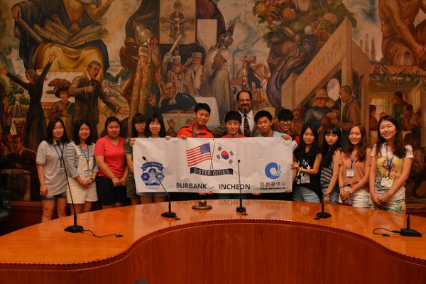 Exchange students from Incheon, South Korea, with Burbank Mayor Dr. David Gordon at City Hall. (Photo Courtesy of the City of Burbank)