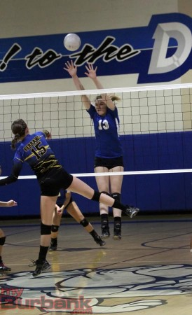 Allison Tiegs goes for the block (Photo by Ross A. Benson)