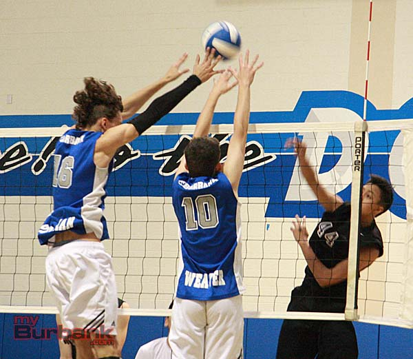 Burbank swept Hoover in three sets to begin Pacific League action (Photo by Dick Dornan)