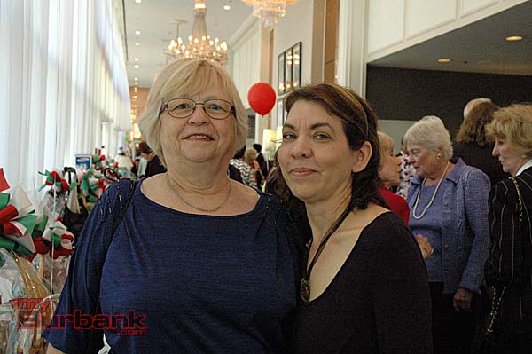 Carol Murphy, left, with Carolyn Brush at the La Dolce Vita fashion show luncheon.