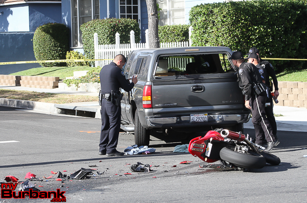 Burbank Police Traffic Officers investigates this motorcycle vs pickup truck accident that occurred Wednesday afternoon at Griffith Park and Victory Blvd. The motorcycle rider was transported to LA County USC Medical Center with serious injuries after being impaled inside this pickup truck. . (Photo by Ross A. Benson)