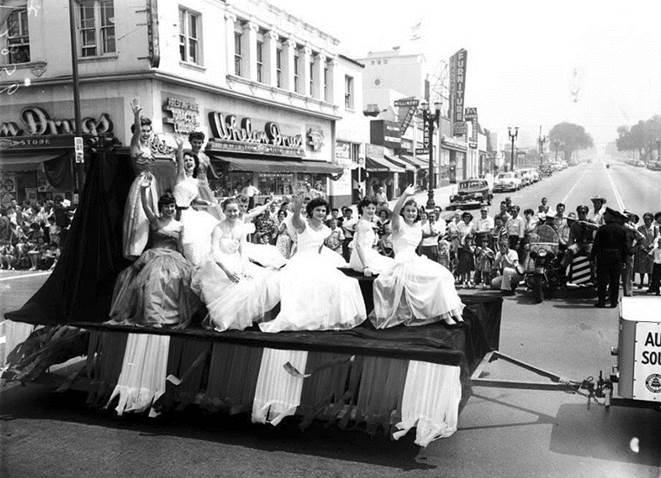 Burbank on Parade retro