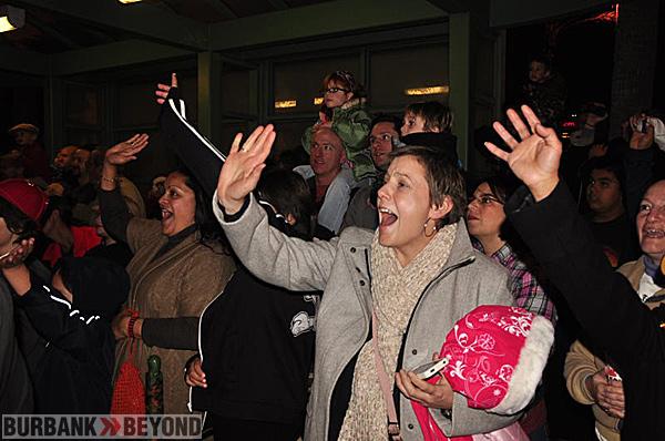crowd-crazy-4-santa_1