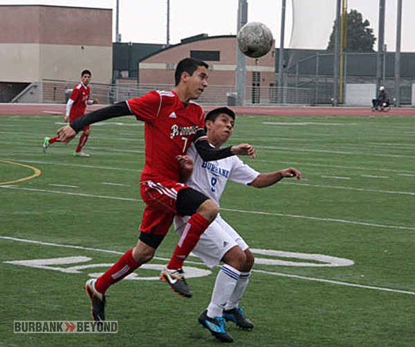 The rivals battle to a 1-1 draw (Photo by Dick Dornan)