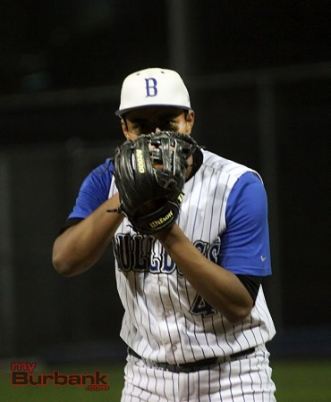Angel Villagran got the win (Photo by Ross A. Benson)