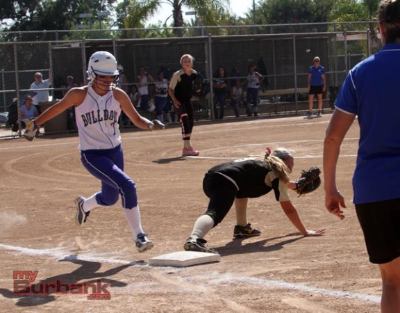 Sunny Hills outdueled Burbank by the slimmest of margins in an exciting game (Photo by Ross A. Benson)