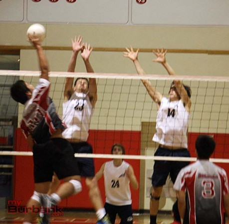 Burroughs volleyball (Photo by Dick Dornan)