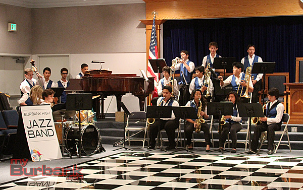 The Burbank High Jazz Band preformed. (Photo by Ross A. Benson)