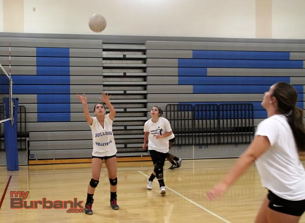 Burbank girls volleyball (Photos by Ross A. Benson)