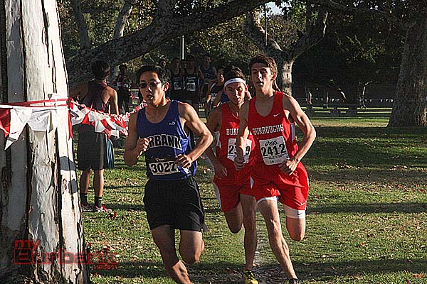 Elliot Choe of Burbank took 8th overall in the boys cross country league opening meet (Photo by Dick Dornan)