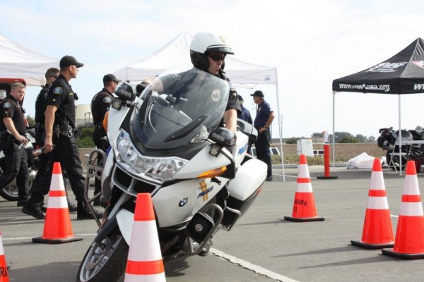 Officer Ryan Murphy concentrates on the course. (Photo Courtesy of Burbank Police Dept.)