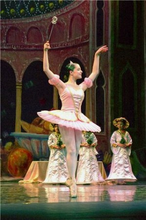 "The ""Nutcracker"" Sugar Plum Fairy dances onstage. (Photo Courtesy of Andrea Mullen)"