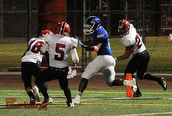 James Williams scores one of his four touchdowns (Photo by Craig Sherwood)