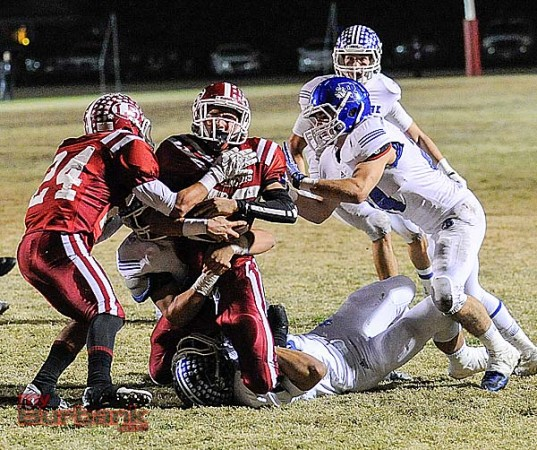 The Bulldogs' defense played outstanding (Photo by Craig Sherwood)