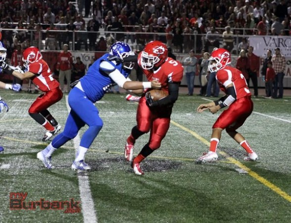 The Bulldogs defense bottled up Javier Pineda (Photo by Ross A. Benson)