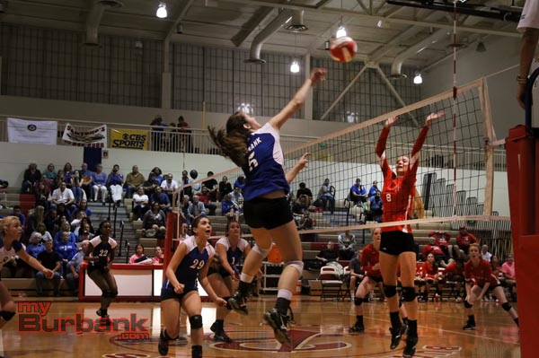 Burbank upset Burroughs on the Indians' home court (Photo by Ross A. Benson)