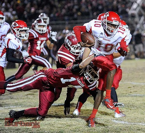 Eric Gordon and the Indians couldn't escape the grasp of La Serna (Photo by Craig Sherwood)
