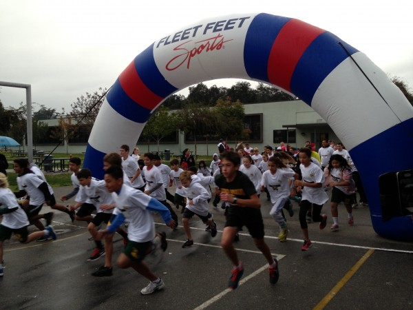 Students start the 5K race at Luther Burbank Middle School. (Photo Courtesy of Nicole Kvarda)