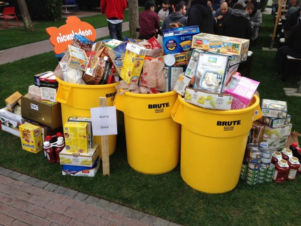 Legend of Korra and Dora the Explorer team food donations. (Photo Courtesy of Nickeodeon)