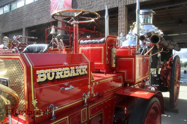 Antique steamer fire engine. (Photo By Ross A. Benson)