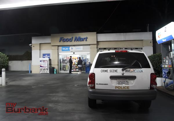 Location of first robbery Sunday night Chevron located at Alameda Ave. and Main Street. ( Photo by Ross A. Benson)