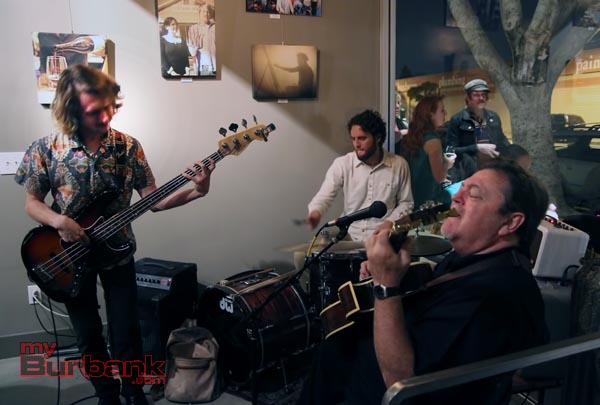 Live music adds to the party at Luna Vine Wine Bar's Grand Opening. (Photo By Ross Benson)