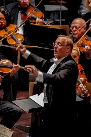 Steven Kerstein conducts. (Photo Courtesy of Burbank Philharmonic Orchestra)