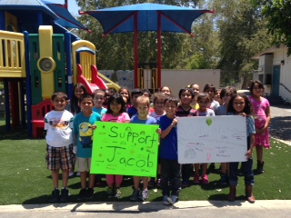 Jacob Angel's Disney Elementary friends show their support. (Photo Courtesy of Tony Angel)
