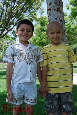 Seven-year-old Jacob Angel, with his younger brother Tomas (left), is fighting a rare kidney cancer. (Photo By Lisa Paredes)