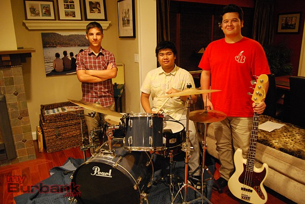 (left to right) Evan Mehta, Kobi Abecede and Josh Turner have formed a high school jazz trio. (Photo By Lisa Paredes)