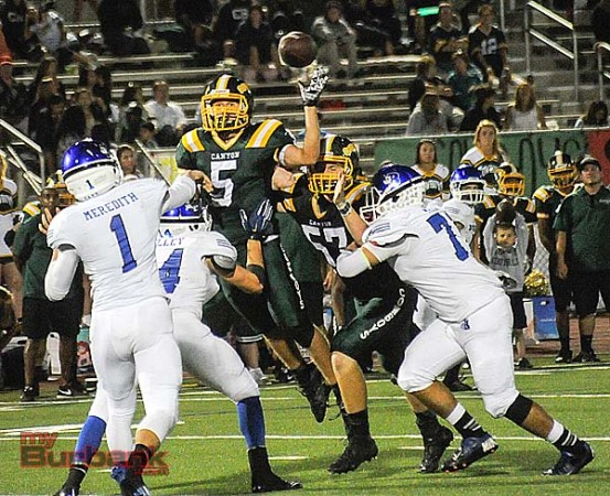 Burbank gave Canyon all it could handle for most of the game (Photo by Craig Sherwood)